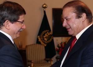 Türkiye Cumhuriyeti Dışişleri Bakanı Davutoğlu Pakistan Başbakanı Navaz Şerif ile görüştü