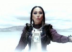 Yuliana – Uhuktuu (Tuva Türk )