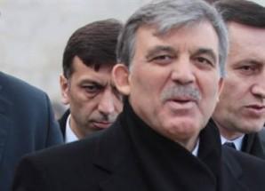 Cumhurbaşkanı Abdullah Gül, internet yasasını onayladı.