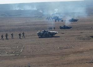 Azerbaycan ordusundan 3 asker hayatını kaybetti.